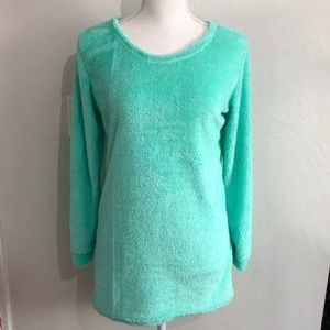 Sweaters - DONATING SOON‼️ NWOT fuzzy mint green sweater